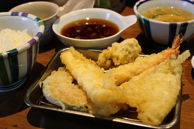 おいしくってリーズナブル!箕面で食べる博多風てんぷら!「天ぷらの山」