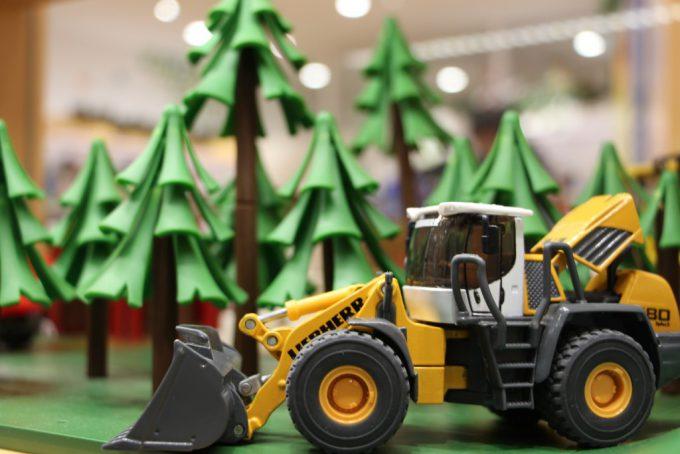 クリスマスのおもちゃ探し ボーネルンドショップ ららぽーとエキスポシティ店