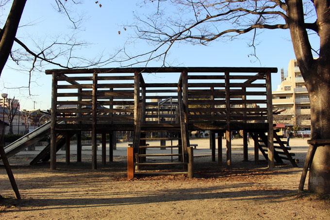 公園へ行こう!広い広場があるよ!「奈良東公園」